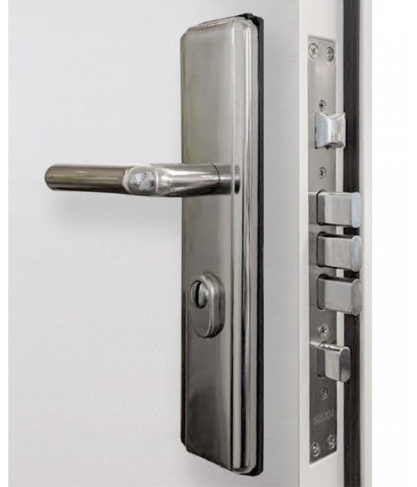 Attirant Heavy Duty Panelled Security Steel Door Locks And Handle Close Up