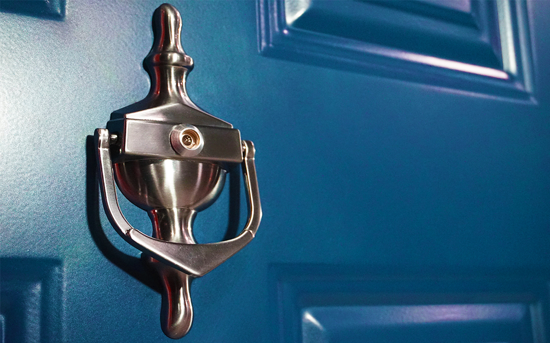 Home Security: Dealing With Bogus Callers